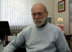 Der Leiter des Stadtteilbüros Marxloh, Hartmut Eichholz,